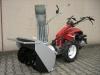 Zweistufige Schneefräse mit Benzinmotor - eines der Top-Modelle